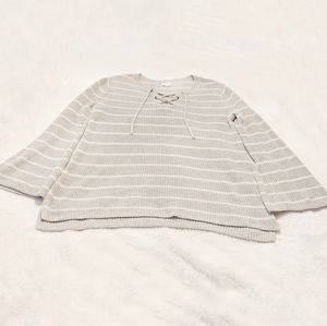 🦚 Old Navy Bell Sleeve Lace Up Tie Front Striped